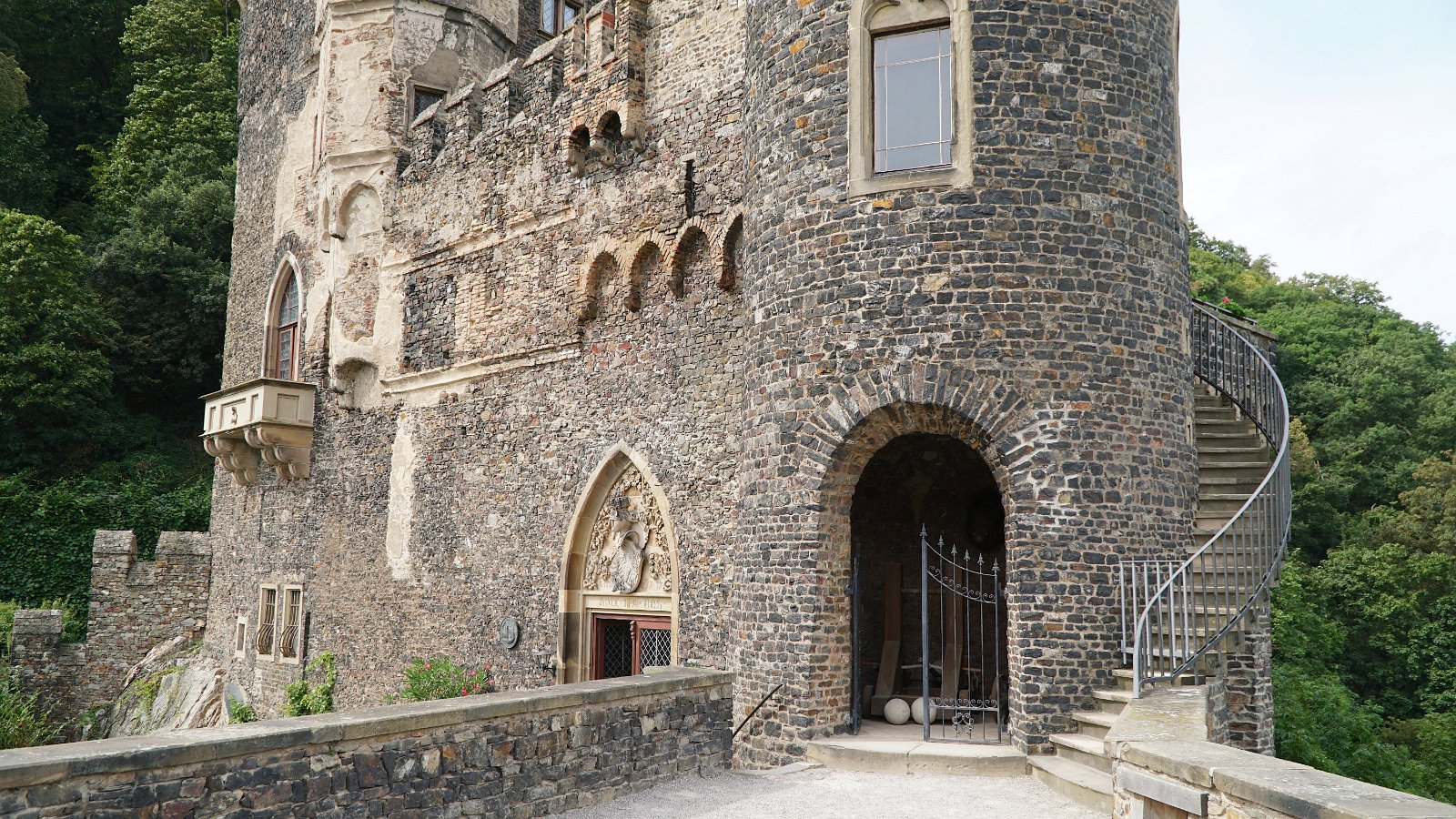 Visiting Rheinstein Castle on the Rhine River