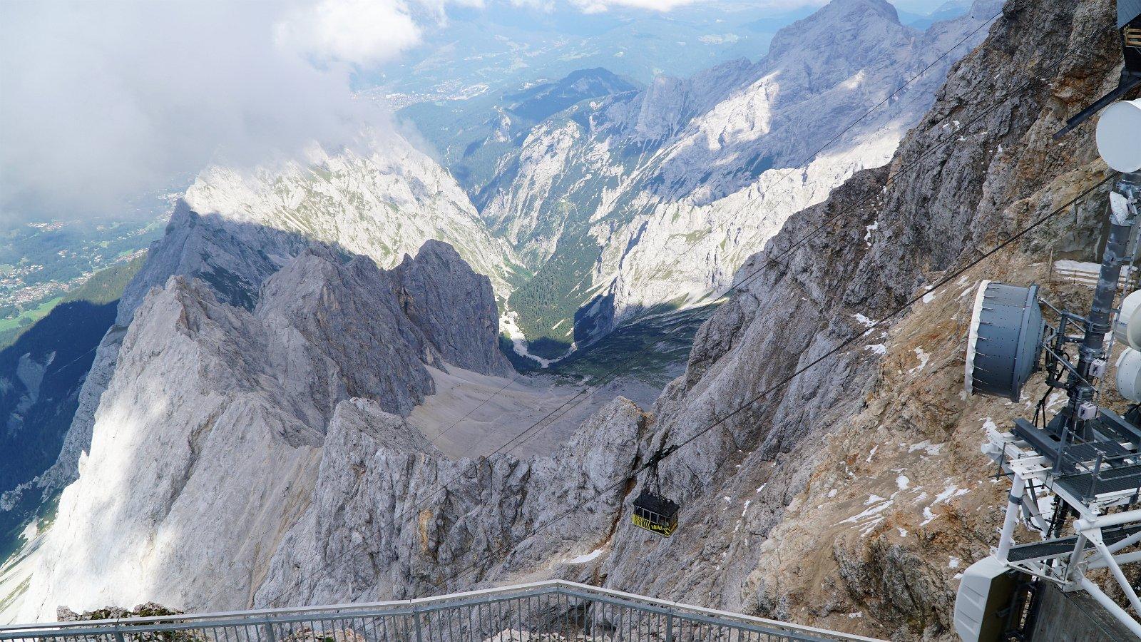 Ascending Zugspitze