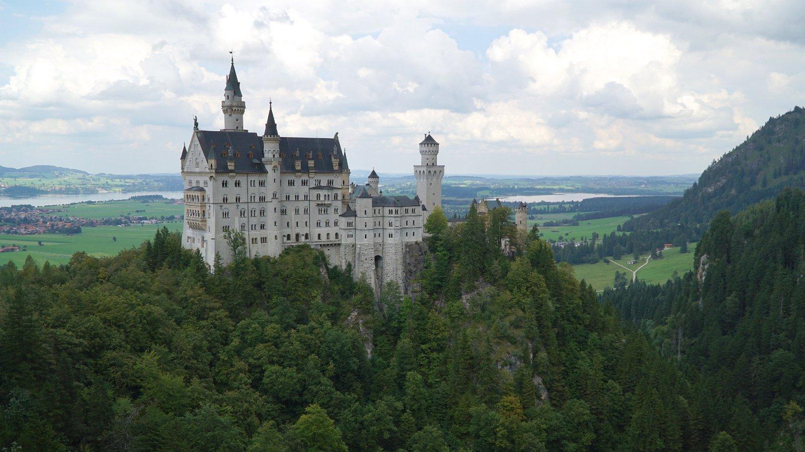 Visiting Hohenschwangau and Neuschwanstein Castles